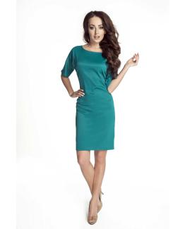 modelka w turkusowej sukience