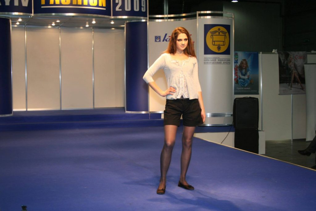 http://lookat.com.pl/wp-content/uploads/2016/04/Kiev-Fashion-2009-118-1024x683.jpg