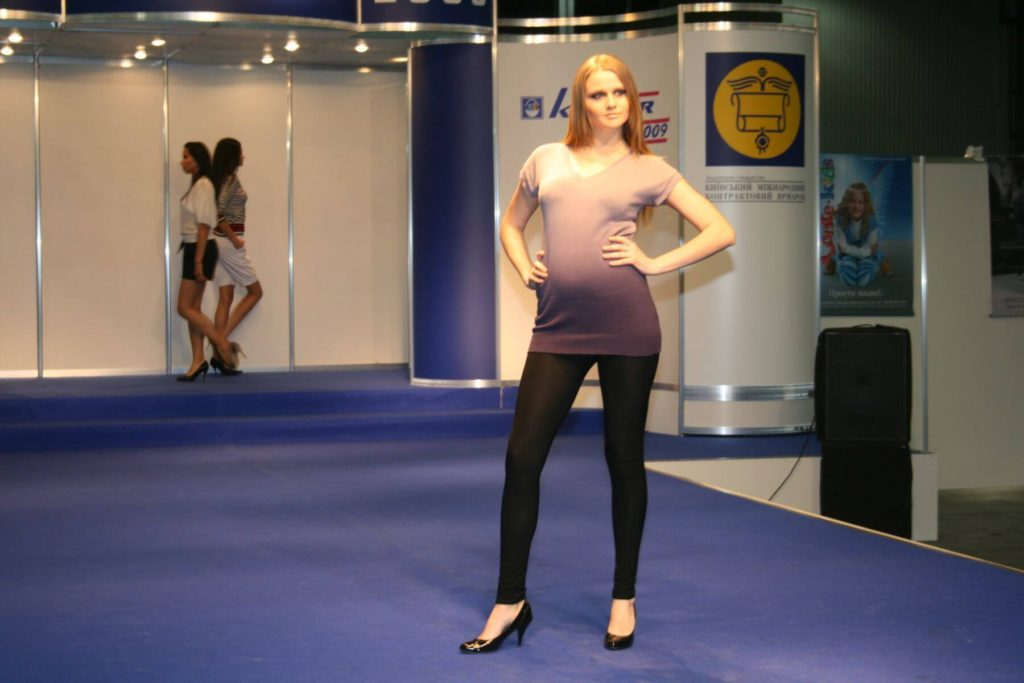 http://lookat.com.pl/wp-content/uploads/2016/04/Kiev-Fashion-2009-129-1024x683.jpg