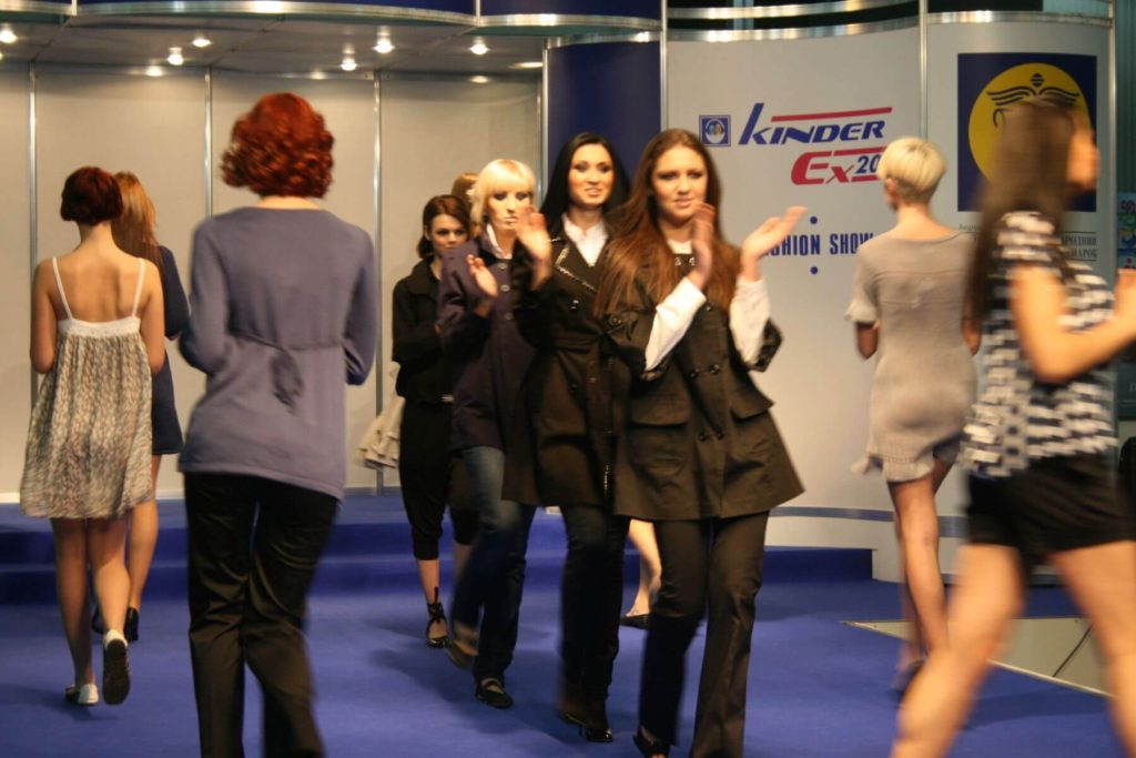 http://lookat.com.pl/wp-content/uploads/2016/04/Kiev-Fashion-2009-173-1024x683.jpg