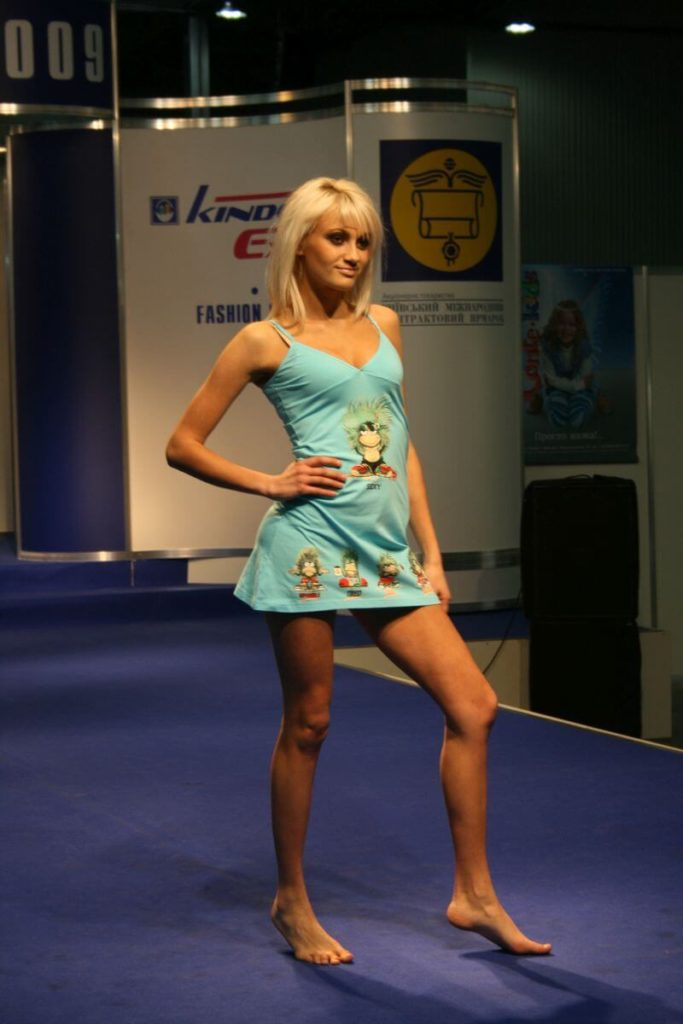 http://lookat.com.pl/wp-content/uploads/2016/04/Kiev-Fashion-2009-184-683x1024.jpg