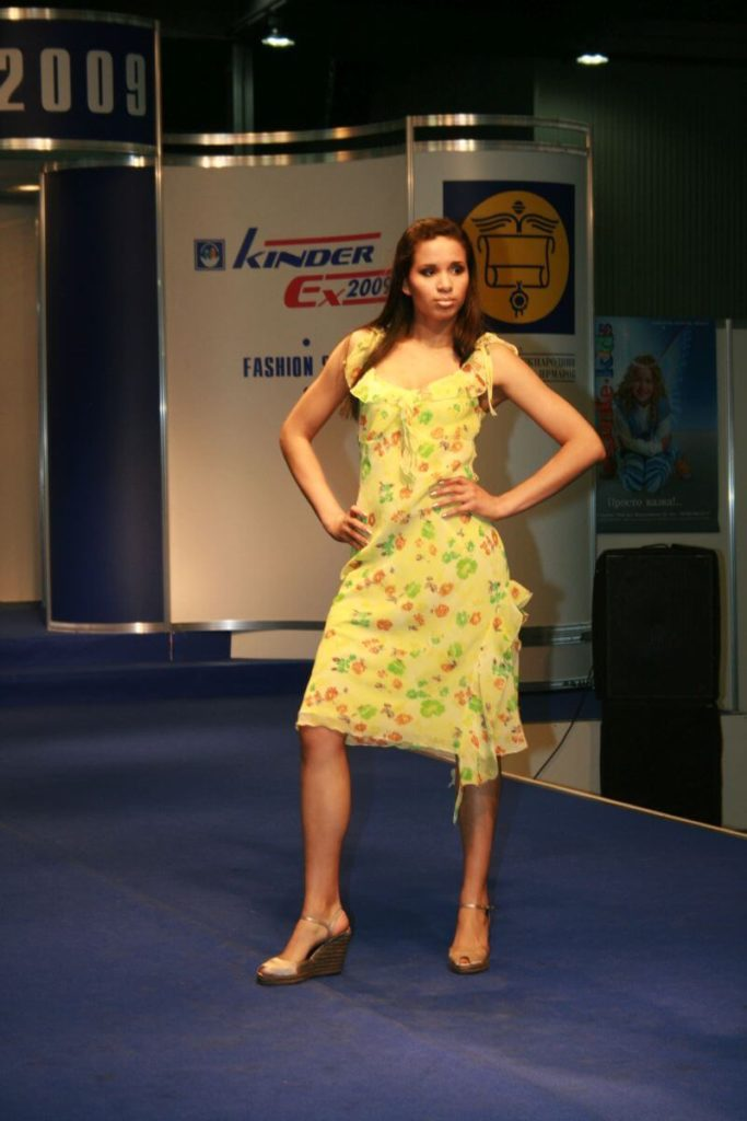 http://lookat.com.pl/wp-content/uploads/2016/04/Kiev-Fashion-2009-283-683x1024.jpg