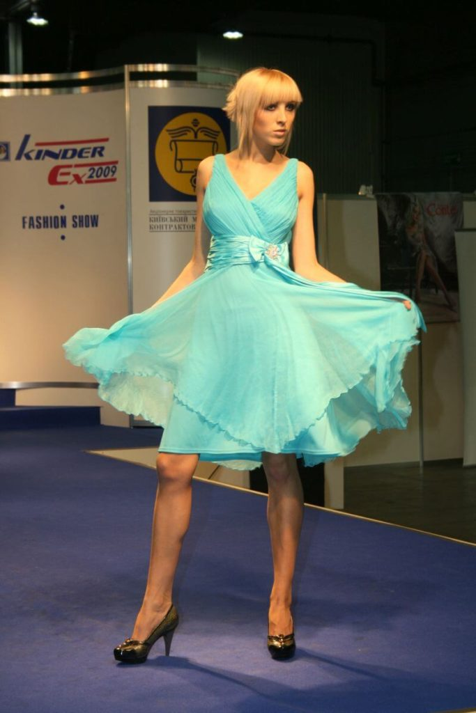 http://lookat.com.pl/wp-content/uploads/2016/04/Kiev-Fashion-2009-507-683x1024.jpg