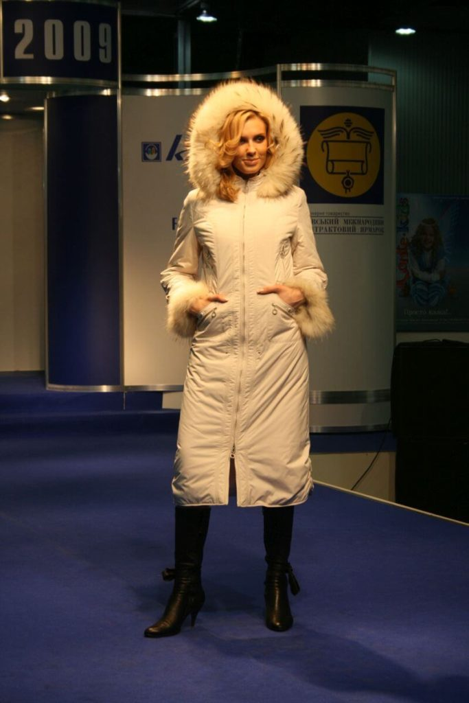 http://lookat.com.pl/wp-content/uploads/2016/04/Kiev-Fashion-2009-542-683x1024.jpg